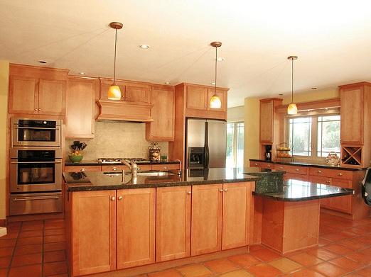 Make quartz worktops your kitchen centrepiece